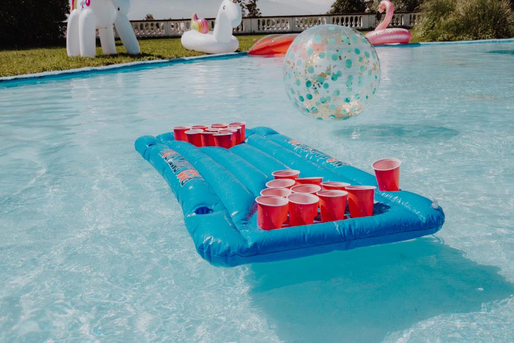Bier Pong Luftmatratze