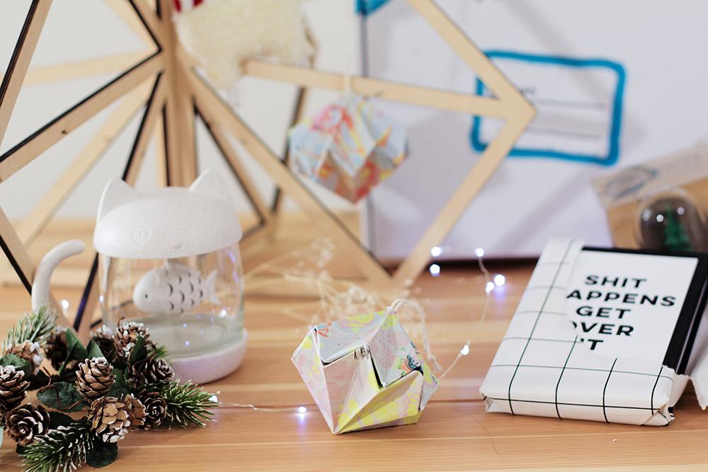 Papier Origami zu Weihnachten falten