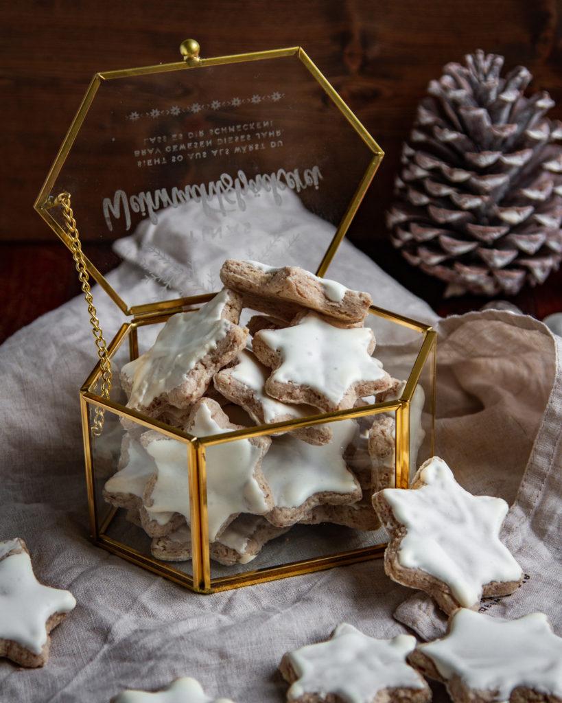 Geschenk aus der Küche Zimtsterne in der Glasbox