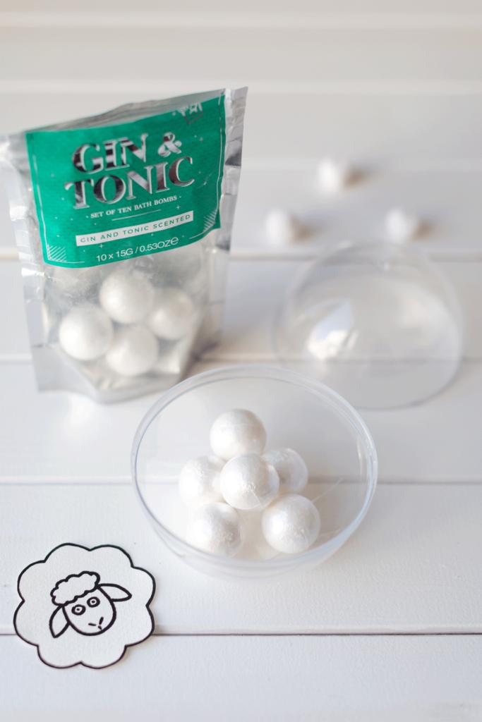 Ostergeschenke-basteln-Verpackung-zu-Ostern-Hase-und-Schaf-Geschenkverpackung-2