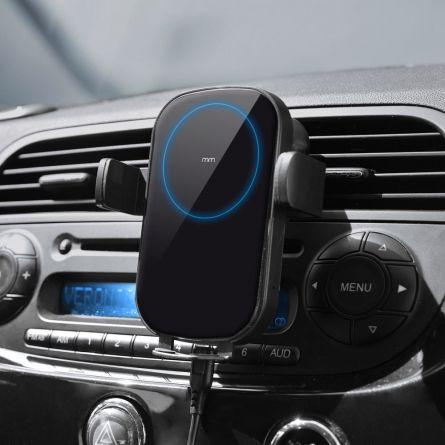 Drahtlose Smartphone Ladestation fürs Auto