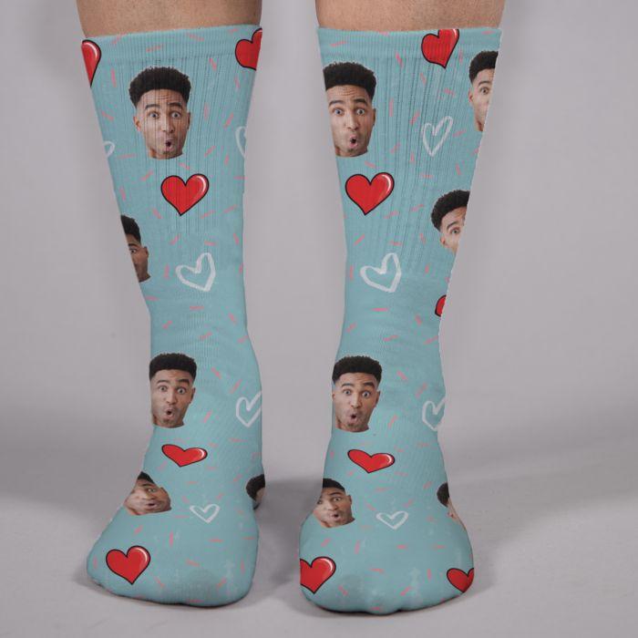 Socken Multi-Gesicht mit Liebes-Hintergründen