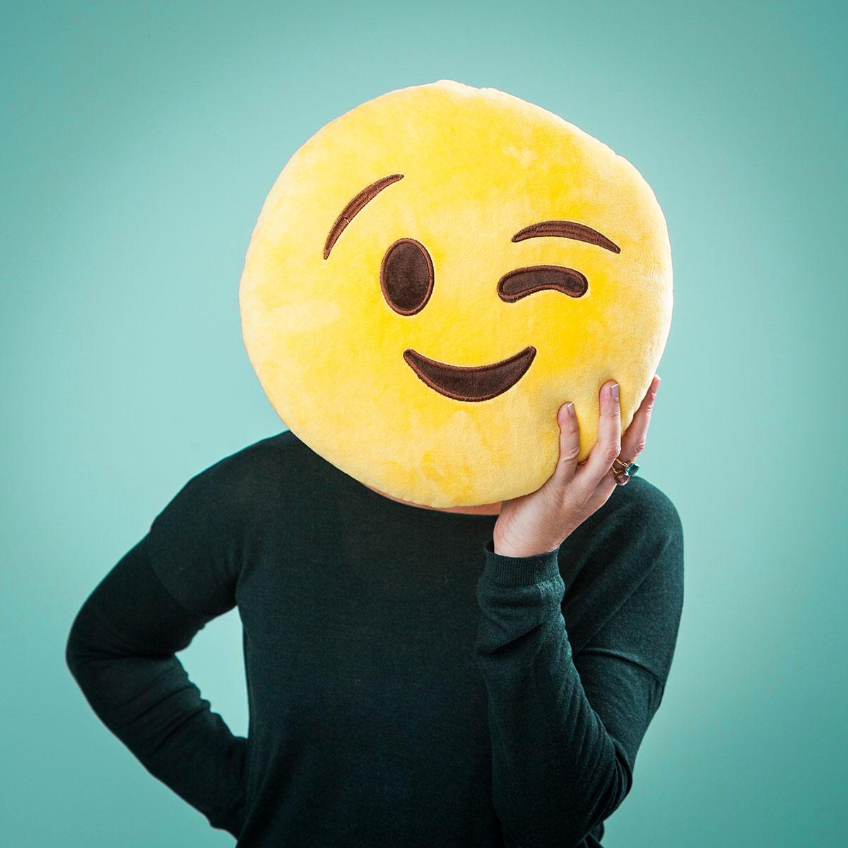 Emoji Kissen – Zwinkerndes Gesicht (Wink my Face)