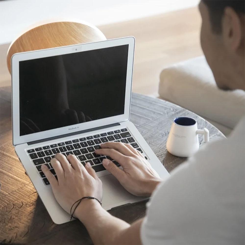 Moft Quasi unsichtbarer Laptop Stand