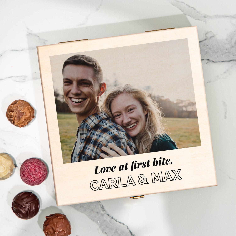 Hochzeitsgeschenke personalisierbare Pralinenbox mit Foto und Text