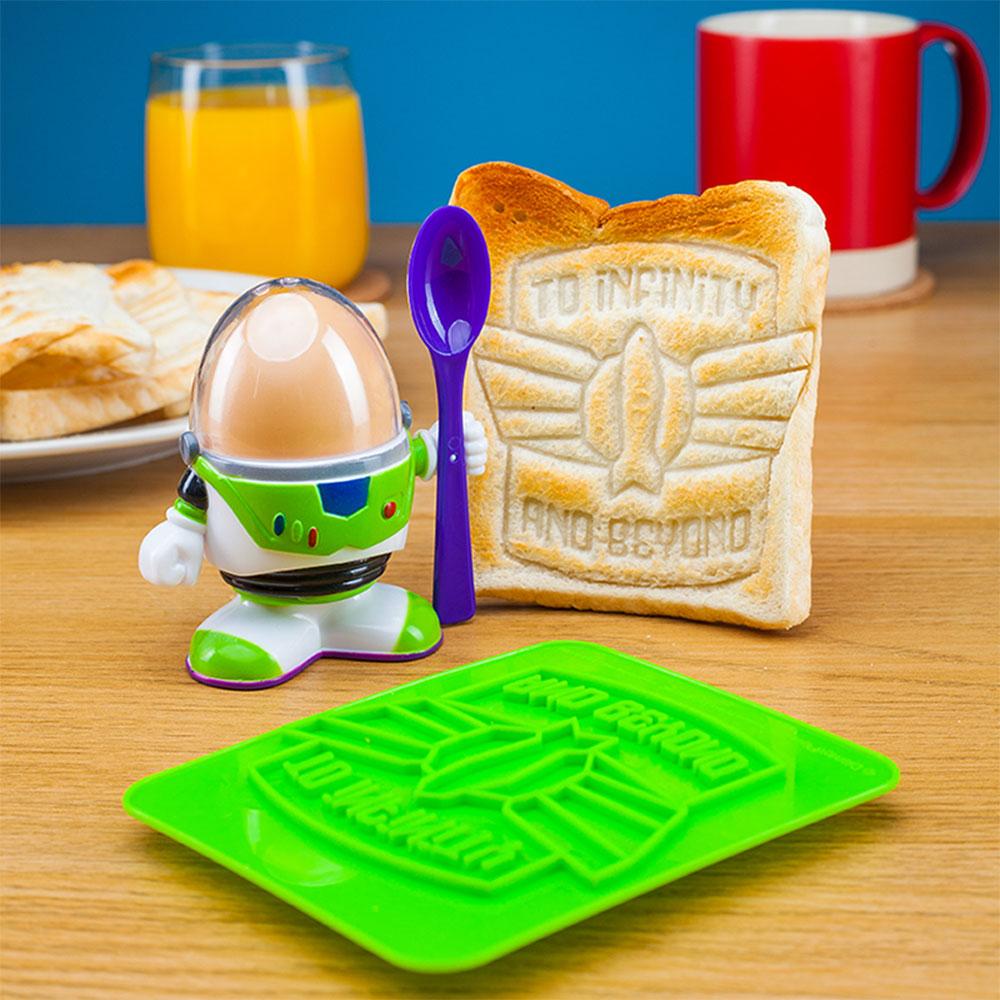 Buzz Lightyear Eierbecher mit Toast Schablone