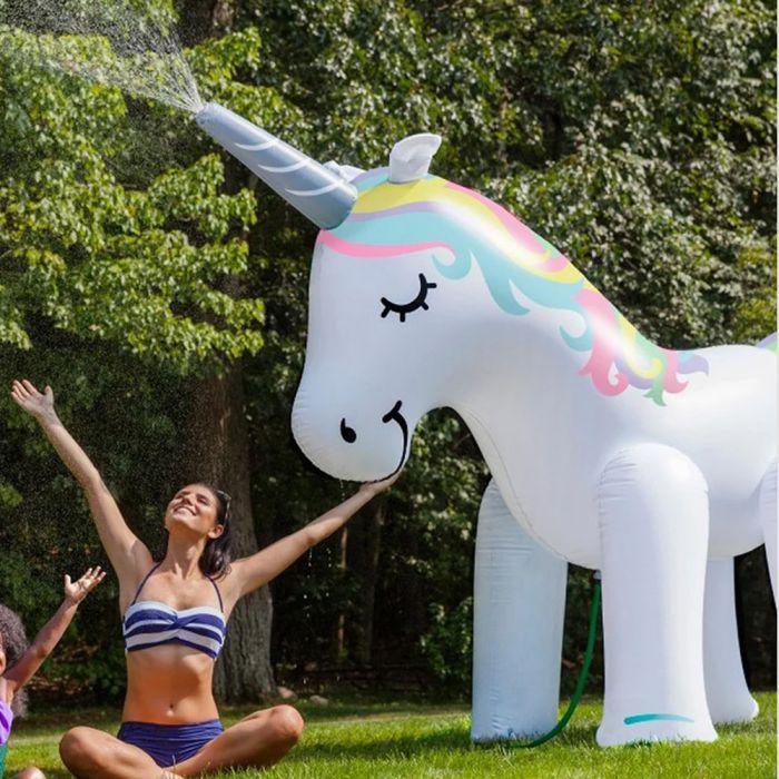 Riesen Einhorn-Sprinkler
