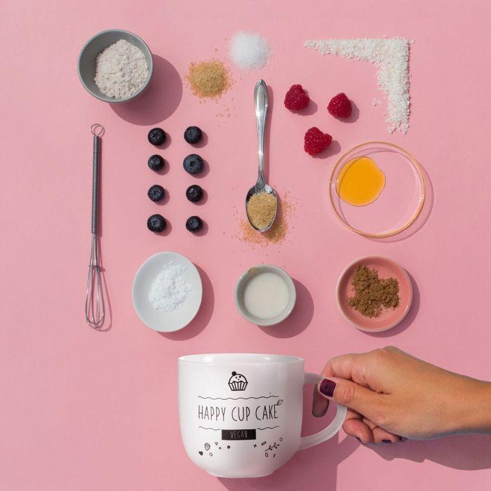 Kaffeetasse mit veganem Tassenkuchen-Rezept