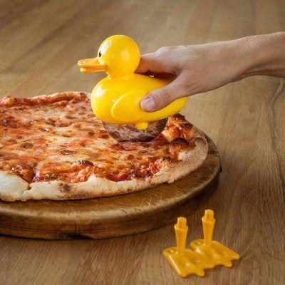 Ducky Pizzaschneider