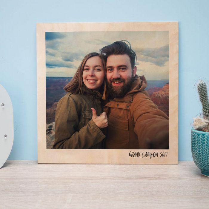 Personalisierbares Holzbild im Polaroid-Look