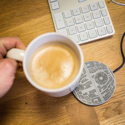 Geschenke für Papa - Star Wars Todesstern Tassenwärmer mit USB