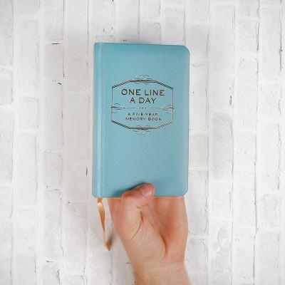 Romantische Geschenke - One Line A Day - Tagebuch für fünf Jahre