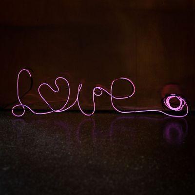 Geschenkefinder - Neonlicht zum Selberformen