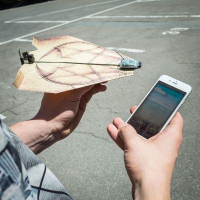 Geburtstagsgeschenke für Papa - PowerUp 3.0 - Smartphone gesteuerter Antrieb für Papierflieger