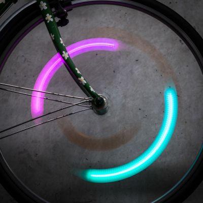Geschenk für Freund - SpokeLit Fahrrad Speichenlicht mit Farbwechsel
