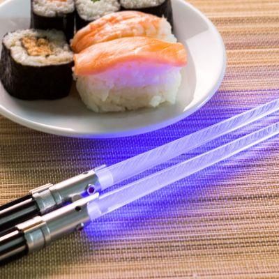 Geschenke für Papa - Star Wars Lichtschwerter Essstäbchen