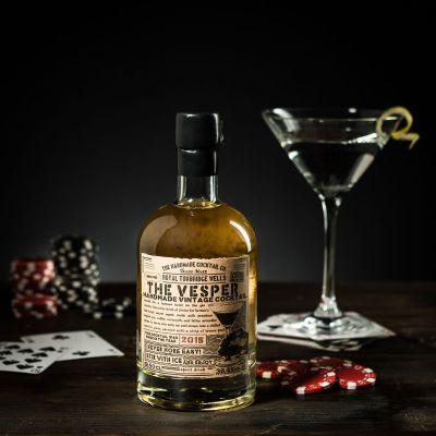 Essen & Trinken - The Vesper Cocktail