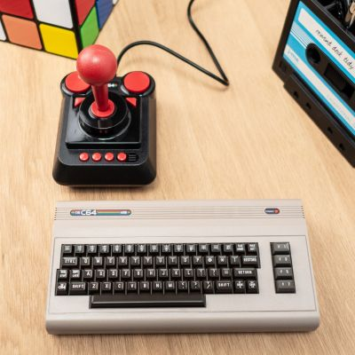 Spiel & Spass - C64 Mini-Spielekonsole