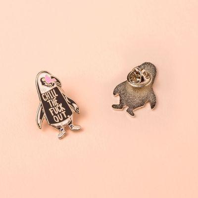 Schmuck - Chill Out Pinguin Anstecknadel