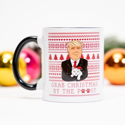 Neu bei uns - Tasse Grab Christmas By The Pussy