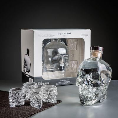 Geschenke für Bruder - Crystal Head Wodka Geschenke-Set mit Gläsern