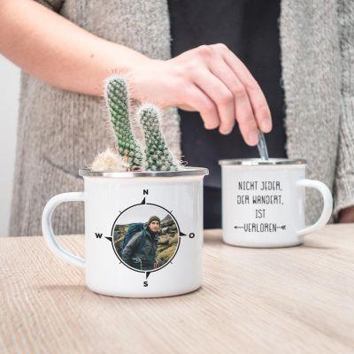 Personalisierte Tassen und Gläser - Personalisierbare Metalltasse Kompass mit Foto