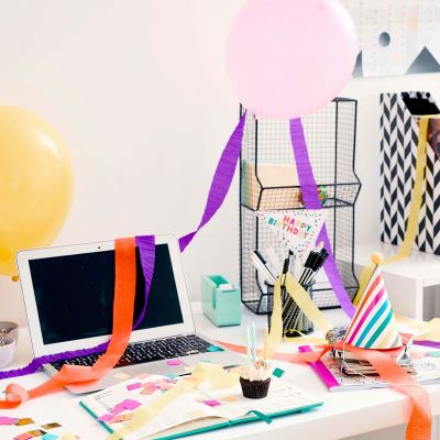 Spaß im Büro - Geburtstagsparty Box fürs Büro