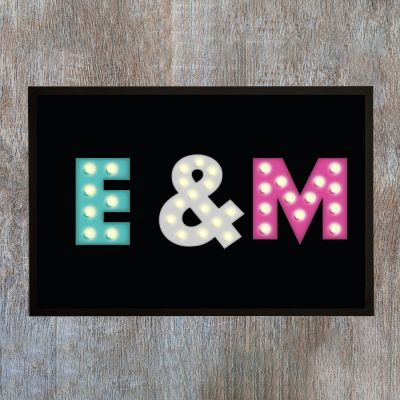 Personalisierte Fußmatten - Personalisierbare Fußmatte mit farbigen Initialen