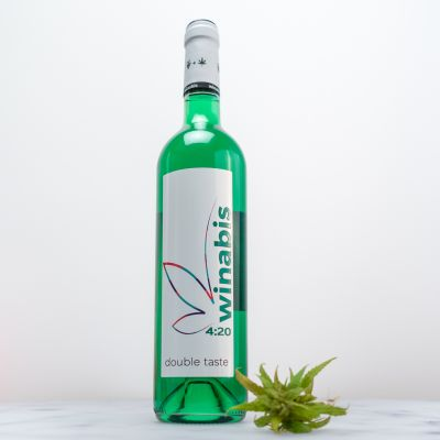 Sommer - Winabis Cannabis-Wein-Cocktail in Grün