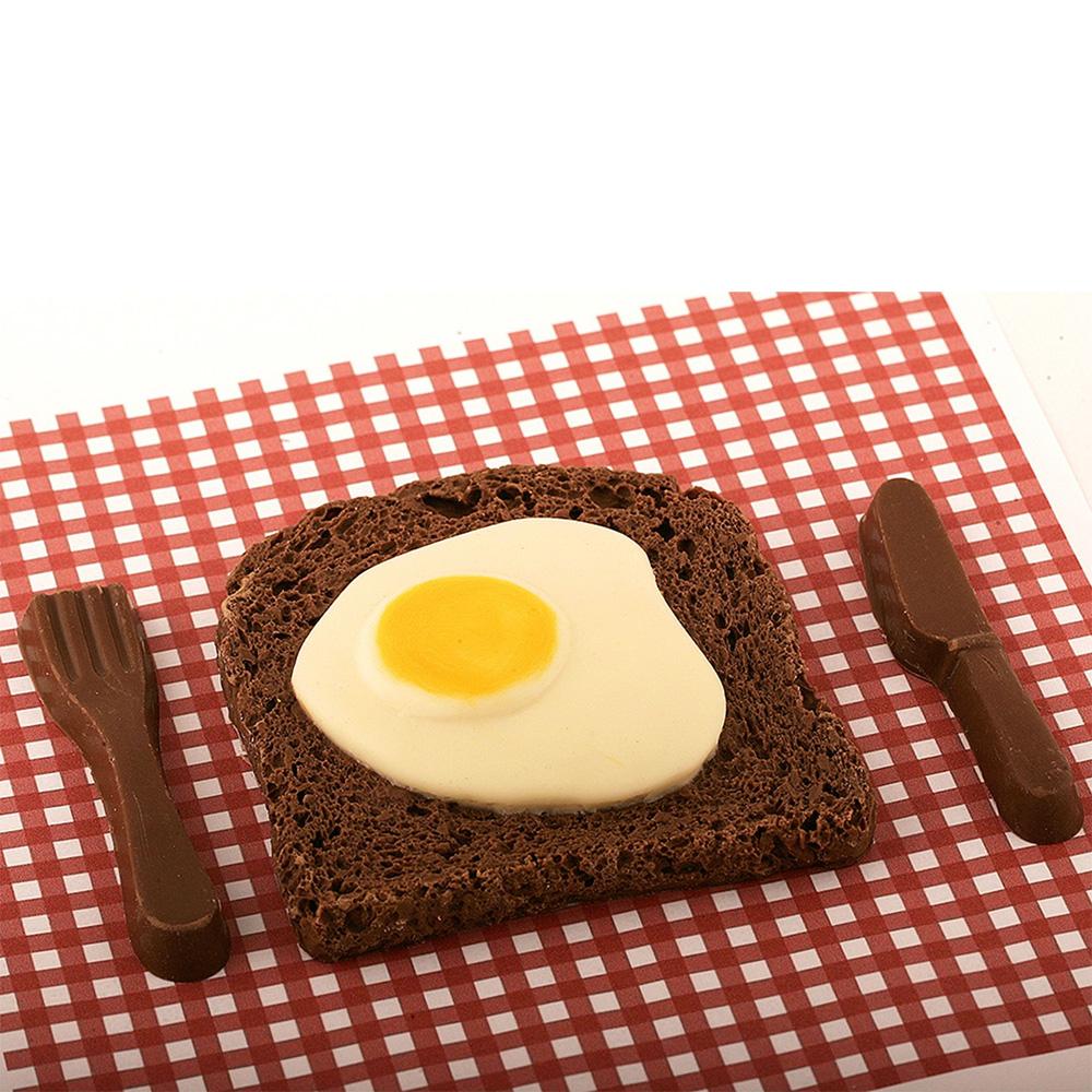 Bacon Egg aus Schokolade