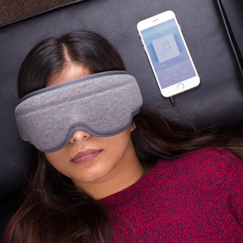 Schlafmaske mit integrierten Kopfhörern