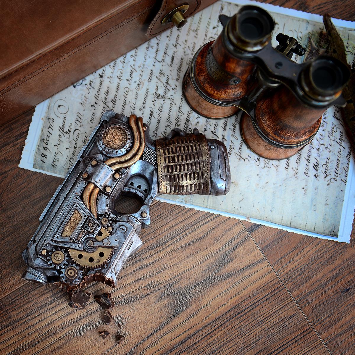 Steampunk Pistole aus Schokolade
